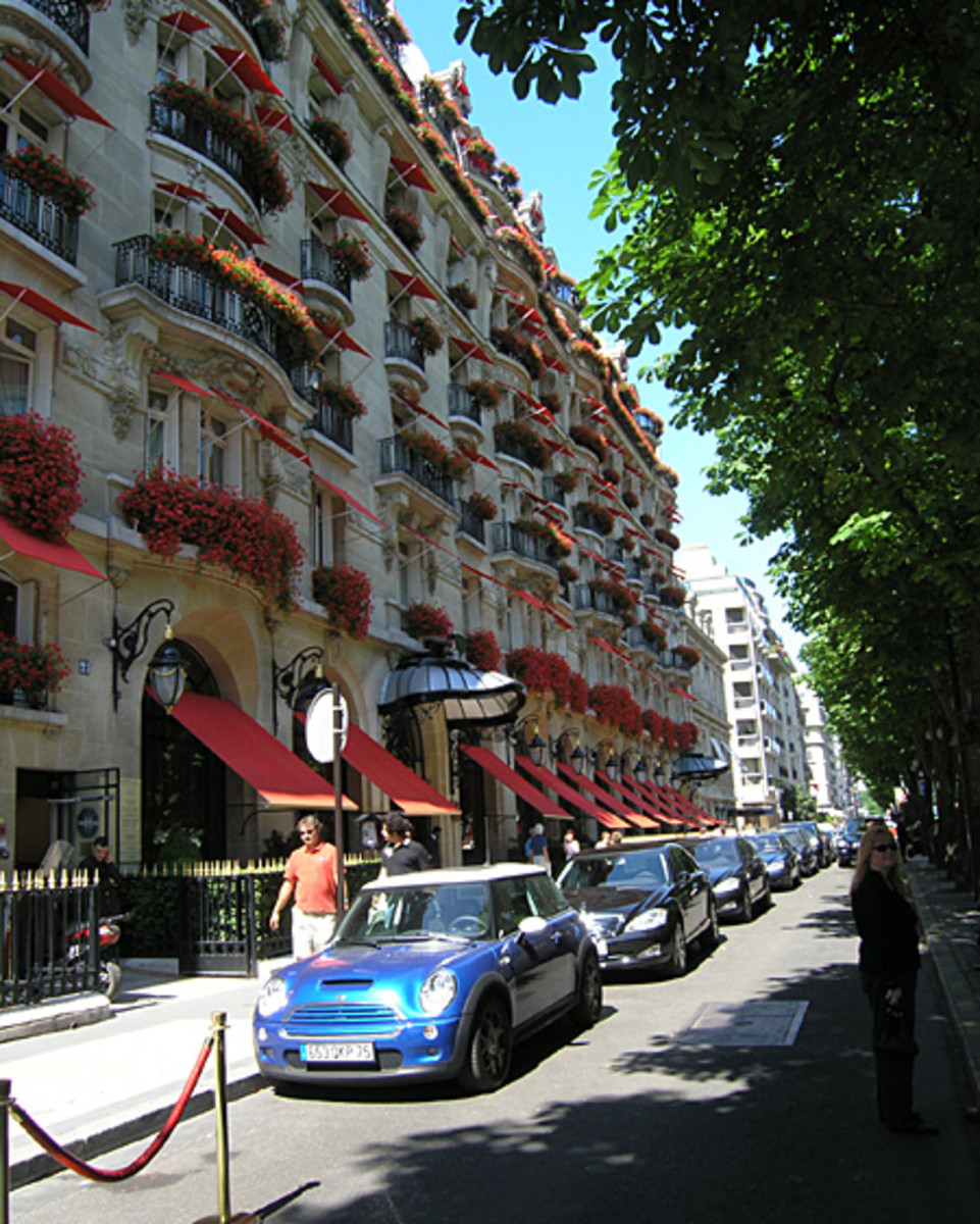 5. Avenue Montaigne, Paris