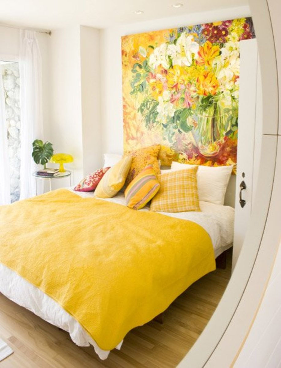 Marry springtime imagery with earth elements for a lovely bedroom. It should remind you of the sign Taurus.