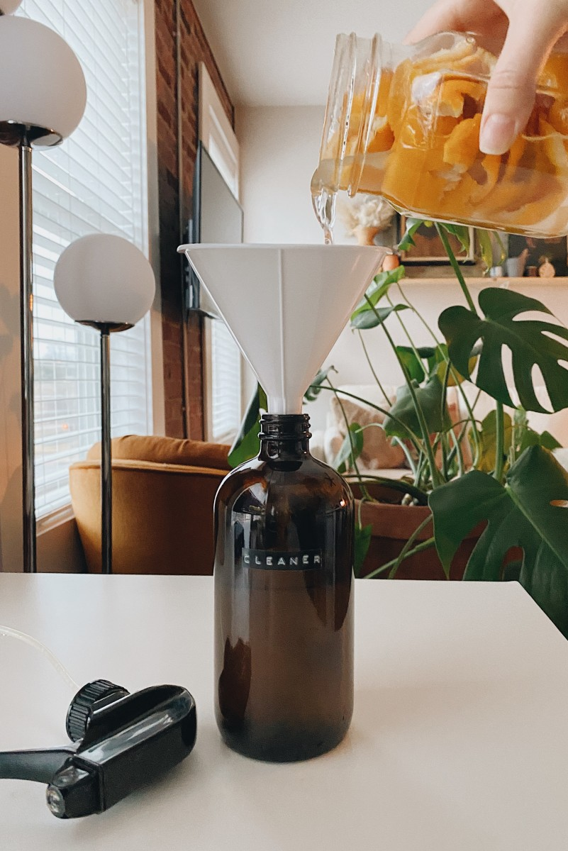 handmade-counter-spray-mirror-cleaner