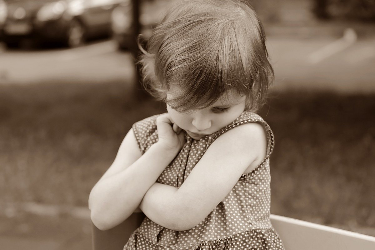 How to Instill Confidence in Your Shy Child?