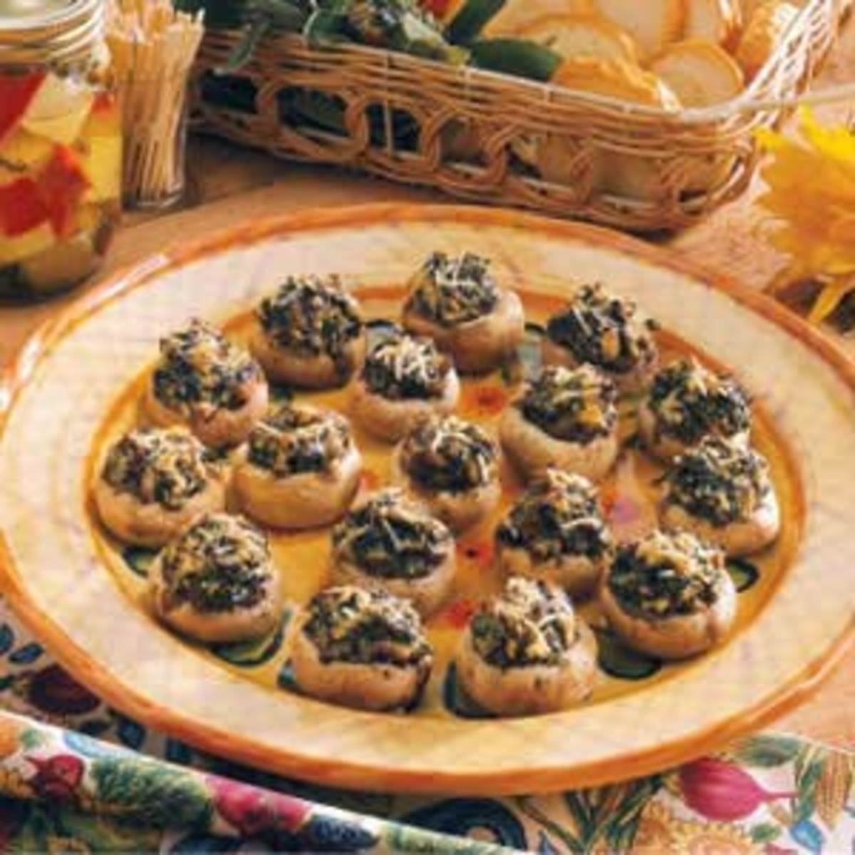 Spinach with cheese mushrooms