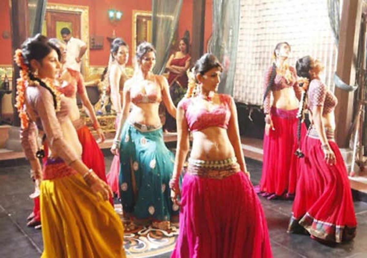 dancebarsofmumbai