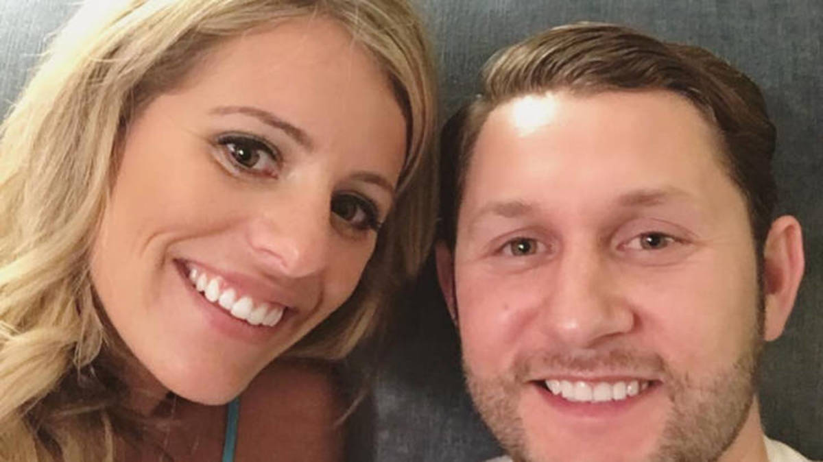 'Married at First Sight' Season 5 Couple Welcomes First Child Three Weeks Early