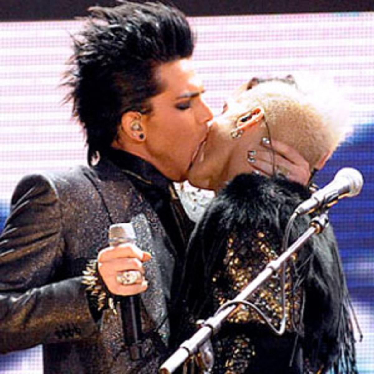Adam Lambert kissing another male