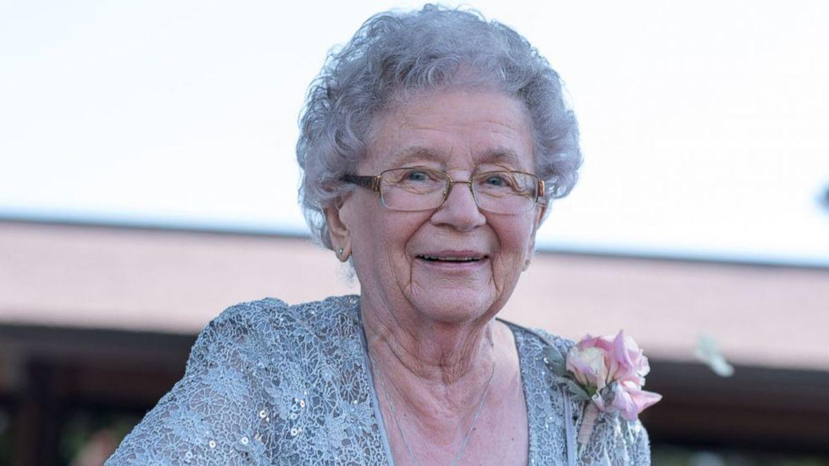 grandma-brought-us-together-1