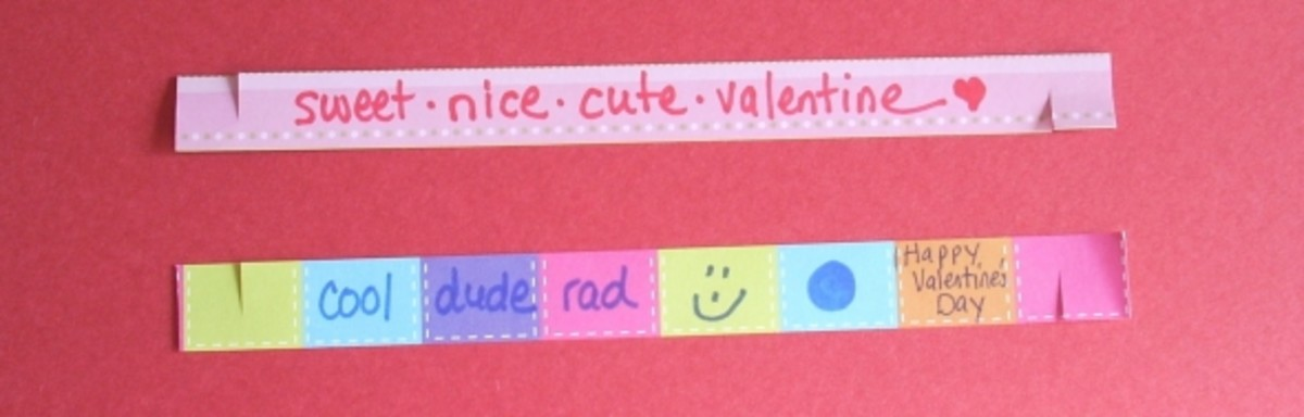 Valentine's Paper Bracelet