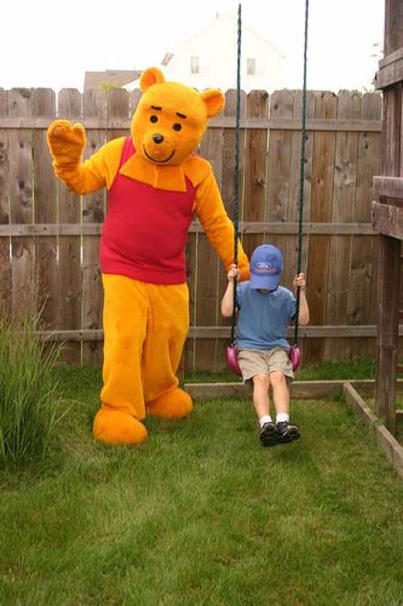 Pooh Mascot Costume