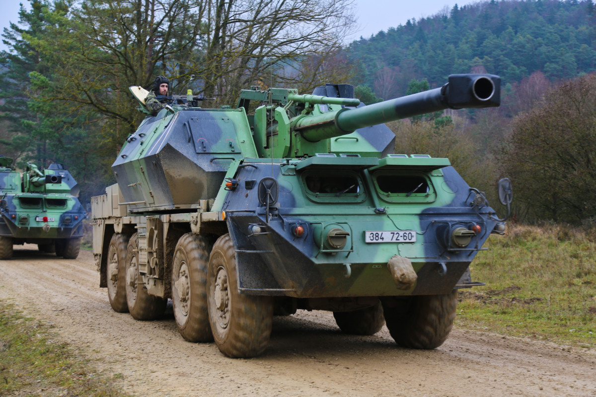 The Dana SPG is a rather good howitzer for pre-1990 FCS howitzers - but before-1990 non-FCS howitzers are almost all mediocre anyway.