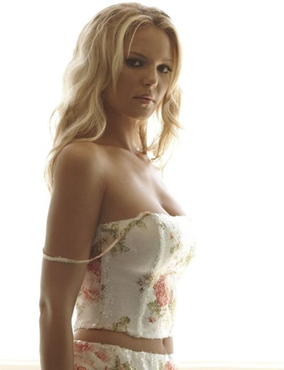Side pose not wet but dry Katherine Heigl