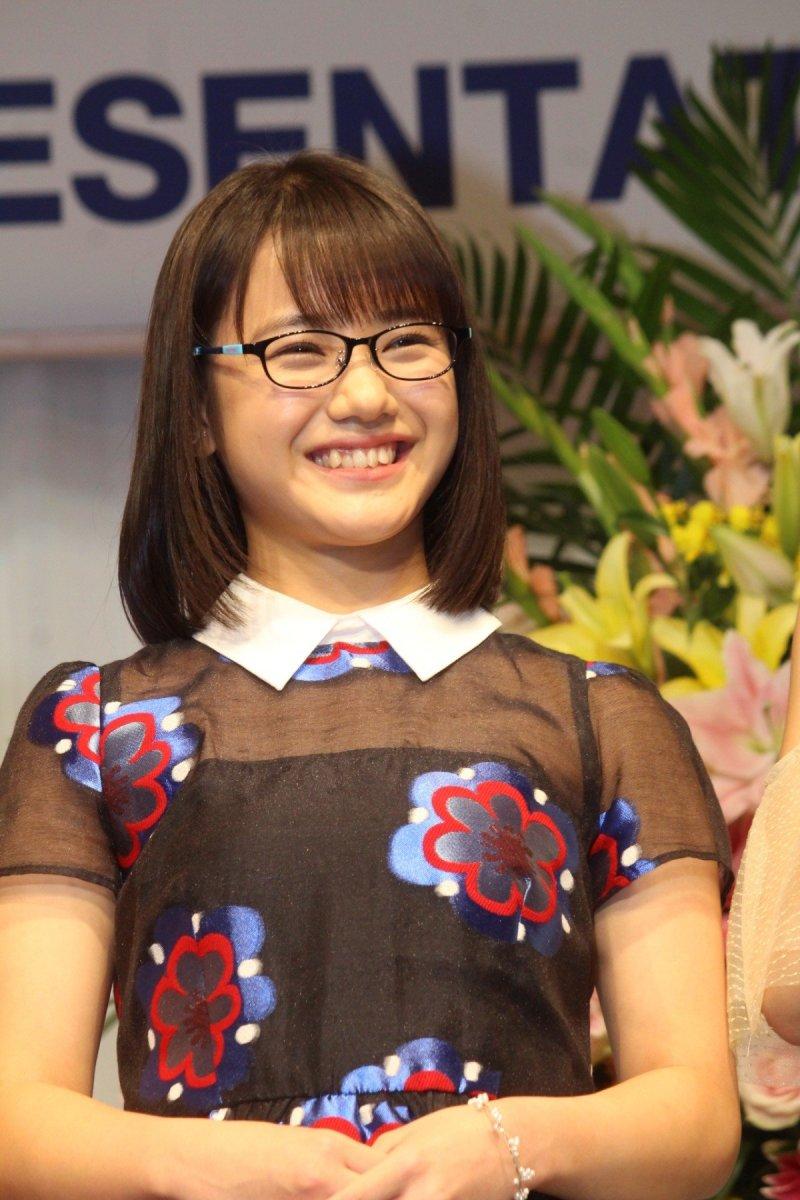 Reina Yokoyama Japanese Pop Music Singer, Model & Member of Girl Group Morning Musume 19
