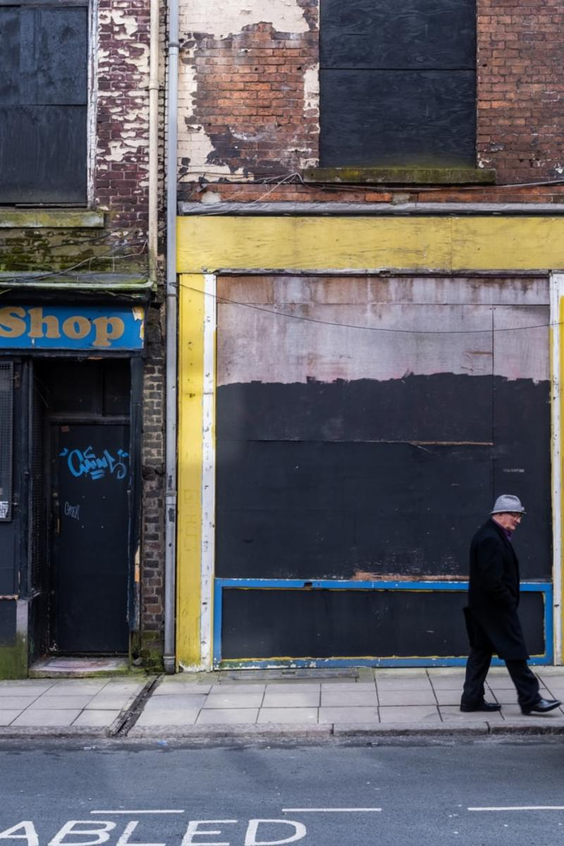 The closed shop ( Horror Story )