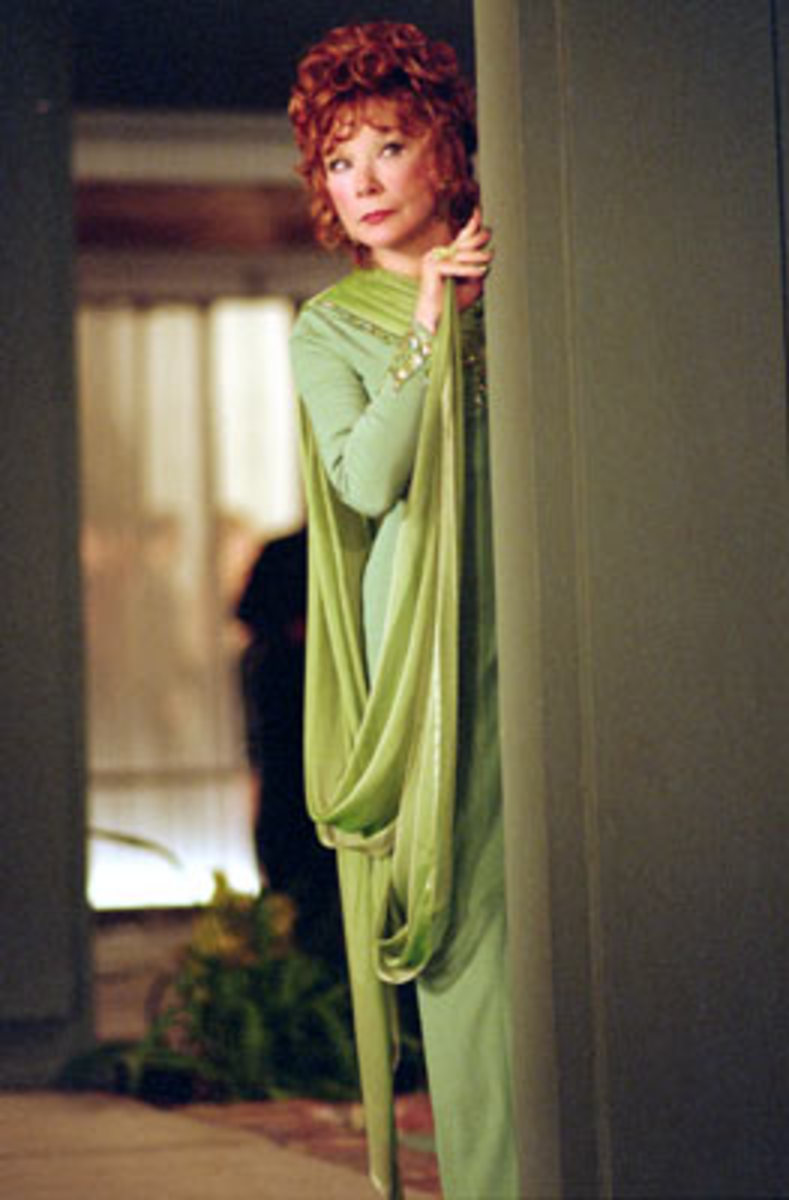 Shirley MacLaine as Endora - Bewitched 2005