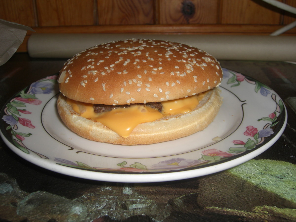 How to make an authentic tasting 'McDonalds' Quarter Pounder with Cheese at home