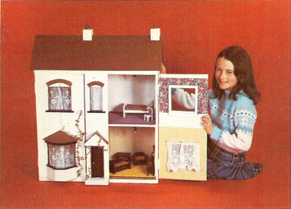 How to Make a Wooden Dollhouse