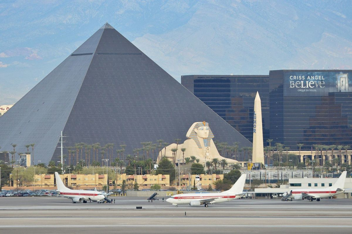 This photo of McCarran makes the Strip look a lot closer than it really is.