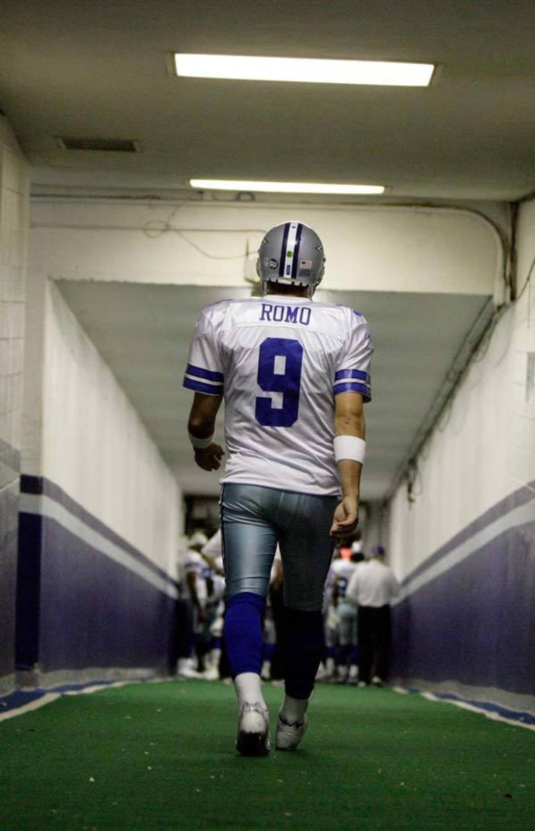 Tony Romo is one of the most likable and well known Cowboys QB of history.
