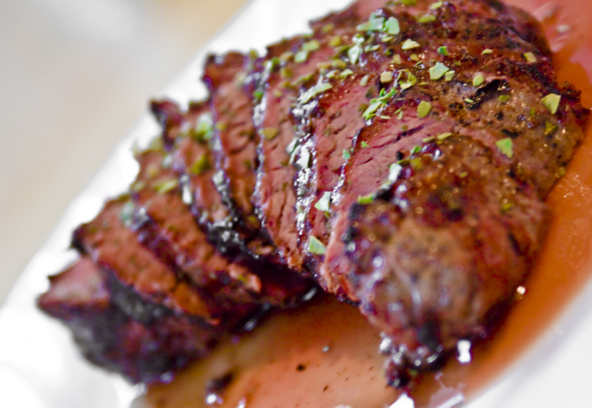 Meat is a good gift for Valentine's Day because of its color and because food is romantic.