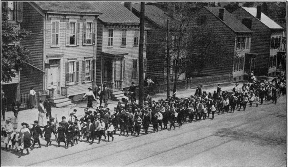 child laborers march during the Paterson, NJ silk weavers' strike