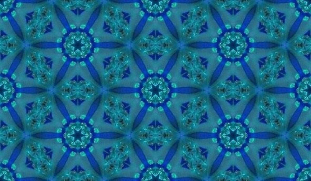Seamless six point petals overlap from this in scope image. This looks like a great desktop background to me. It's easy to tile wherever you use it.
