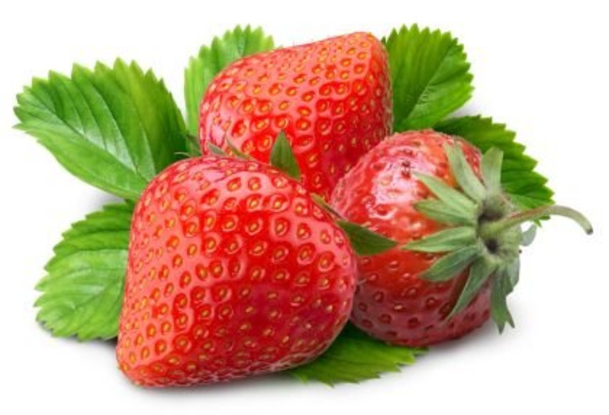Use Strawberries Face Mask for a Glowing Skin