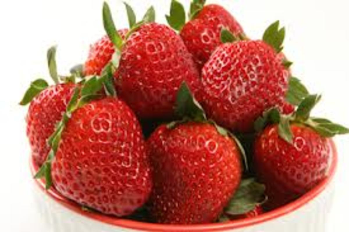 Strawberries Facial Masks for Beautiful Skin