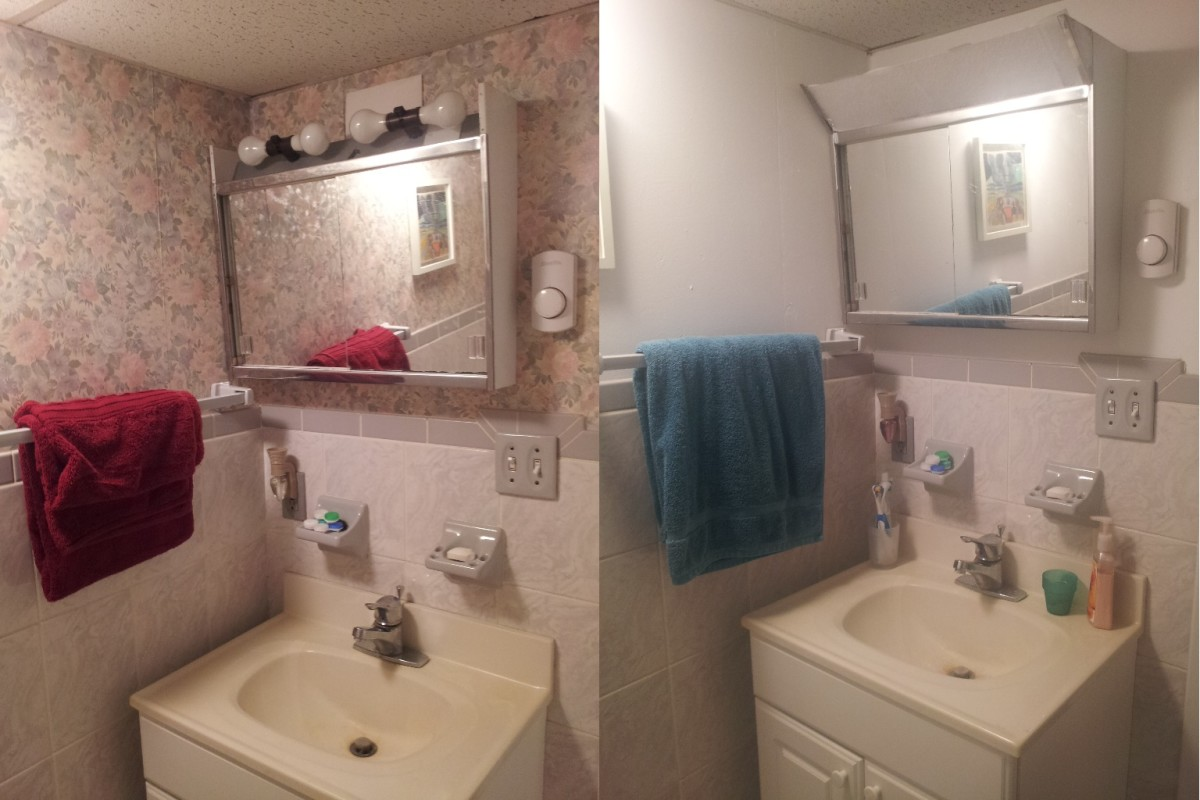 A Bathroom Makeover - How to Remove Wallpaper in Just 7 Hours - Before & After Photos