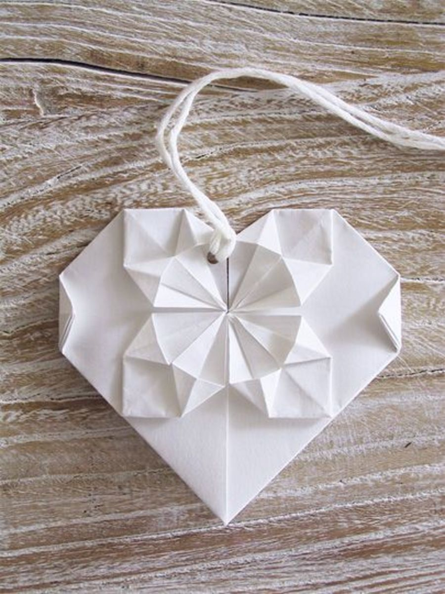 The Origami Heart is from homemade gifts made easy .com and it's a fun craft for adults and kids.