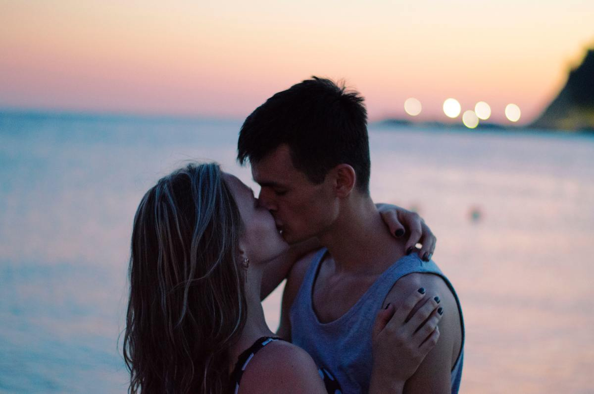 5 Ways to Be a Good Kisser