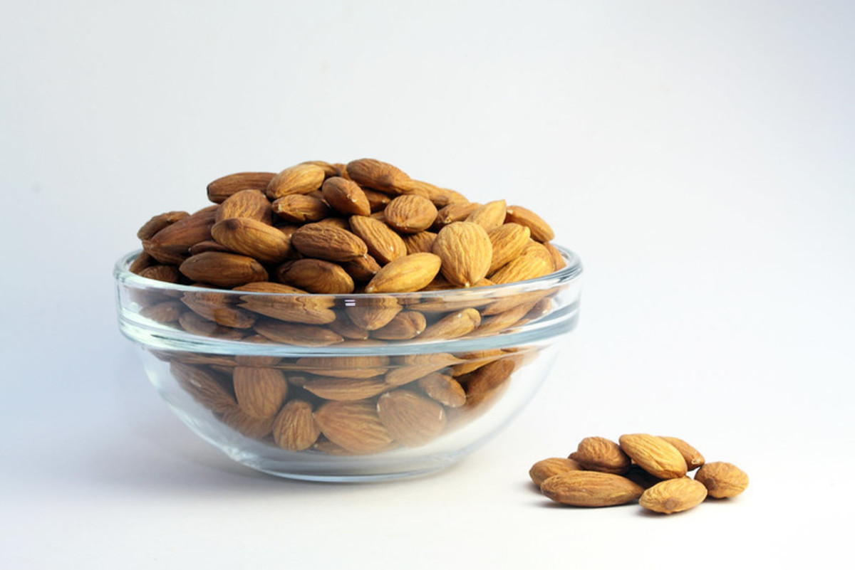 Almonds have been crowned the King of Nuts because they're full of great properties for your body.