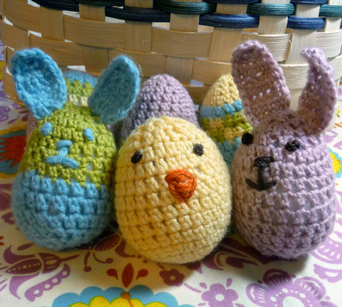 crocheted egg, chick and bunny