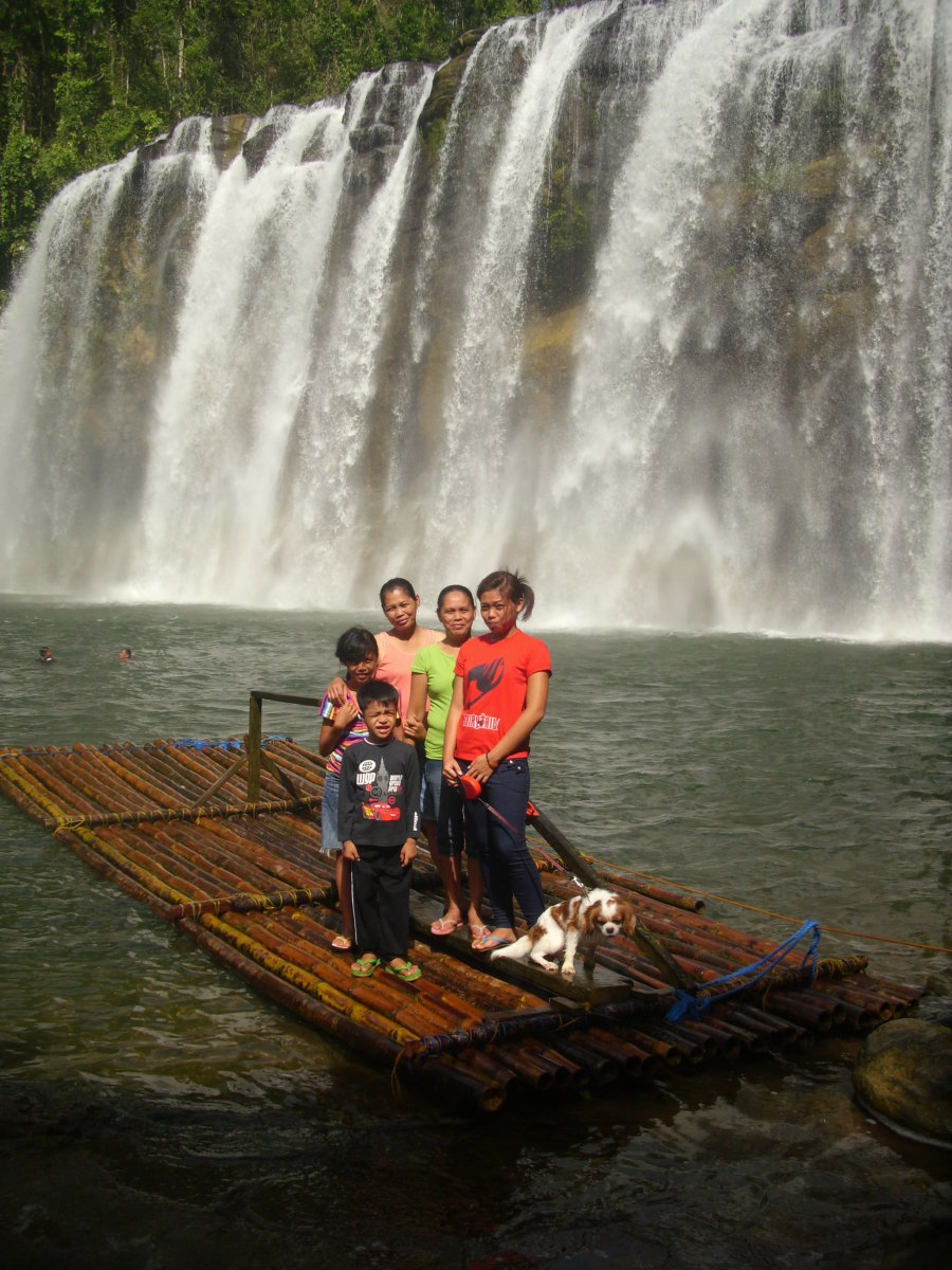My relatives with Angus at Tinuy-an Falls