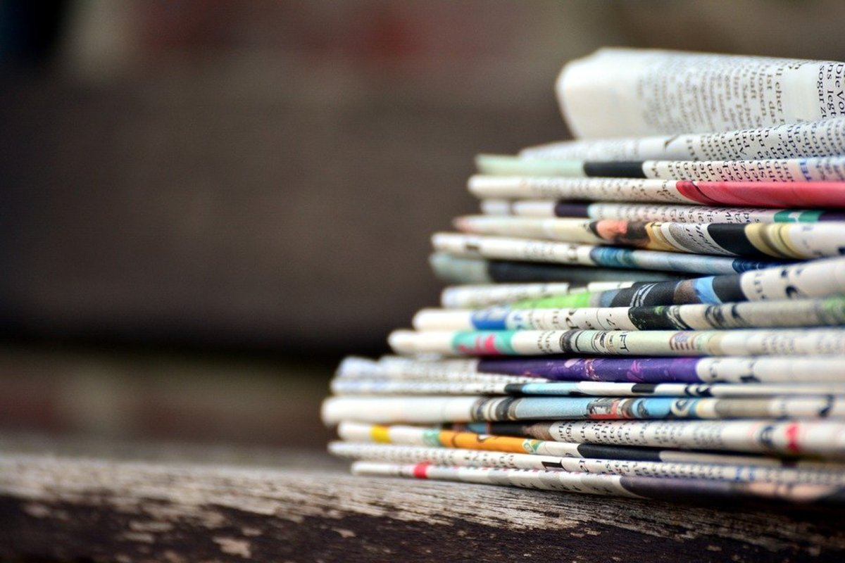 5-advantages-of-reading-a-newspaper