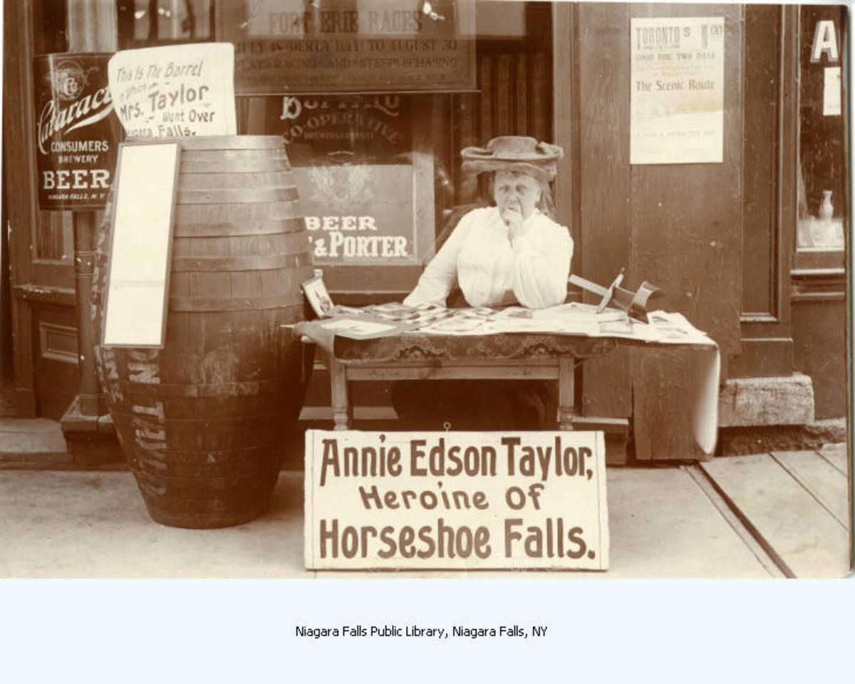 Annie Taylor Souvenir Stand