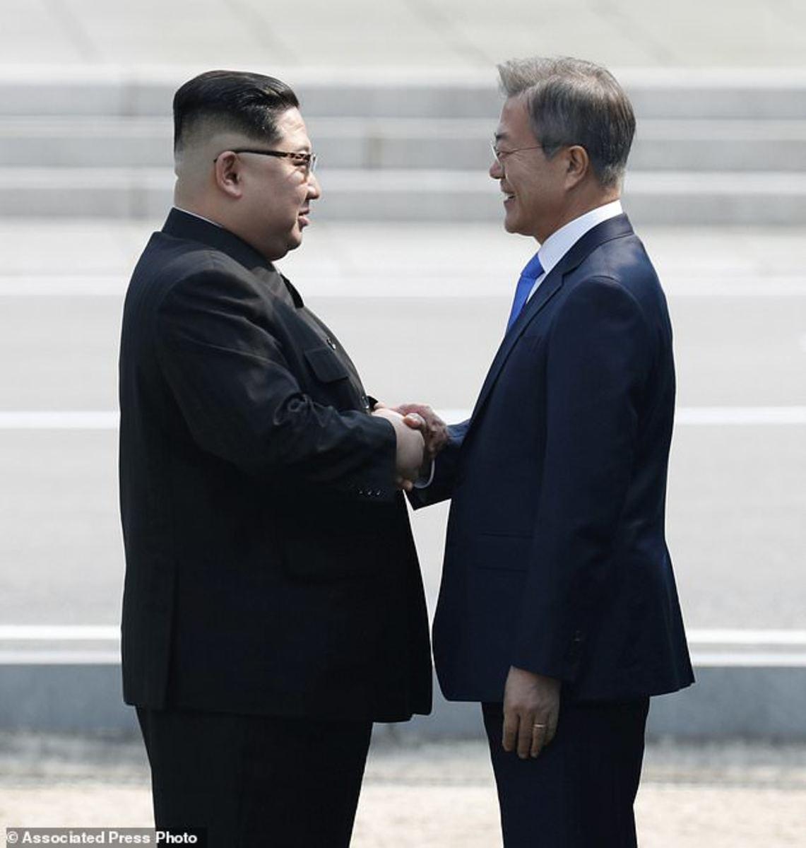 Historic Handshake between North and South Korean leaders