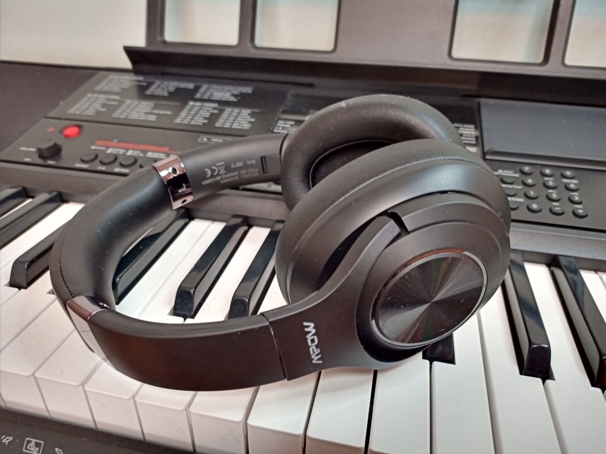 Mpow H21 Hybrid Noise Cancelling Headphones
