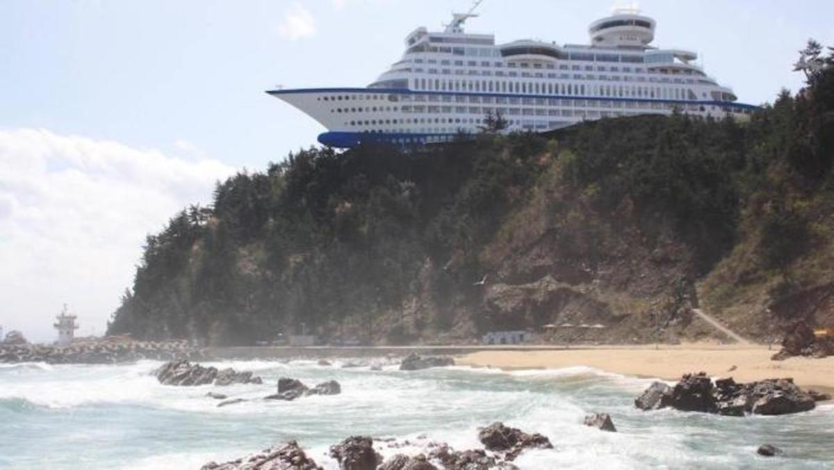 bizzare-hotels-around-the-globe