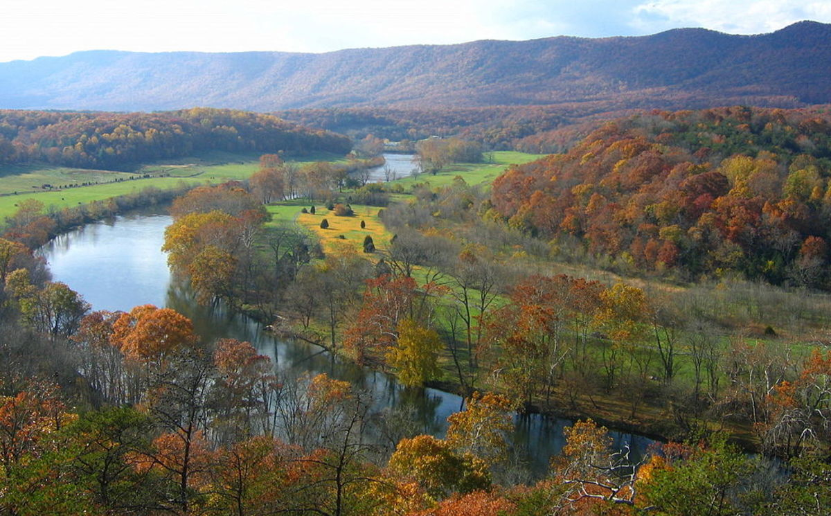 The Shenandoah River forms the border between Virginia and West Virginia.