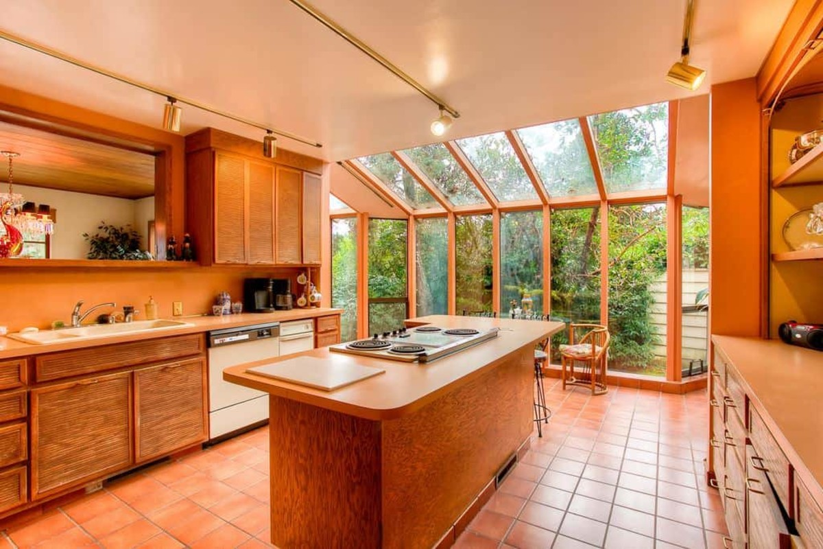 The Tiger kitchen should embrace bright colors, flora, and lots of wood. It should have a vibrant energy.
