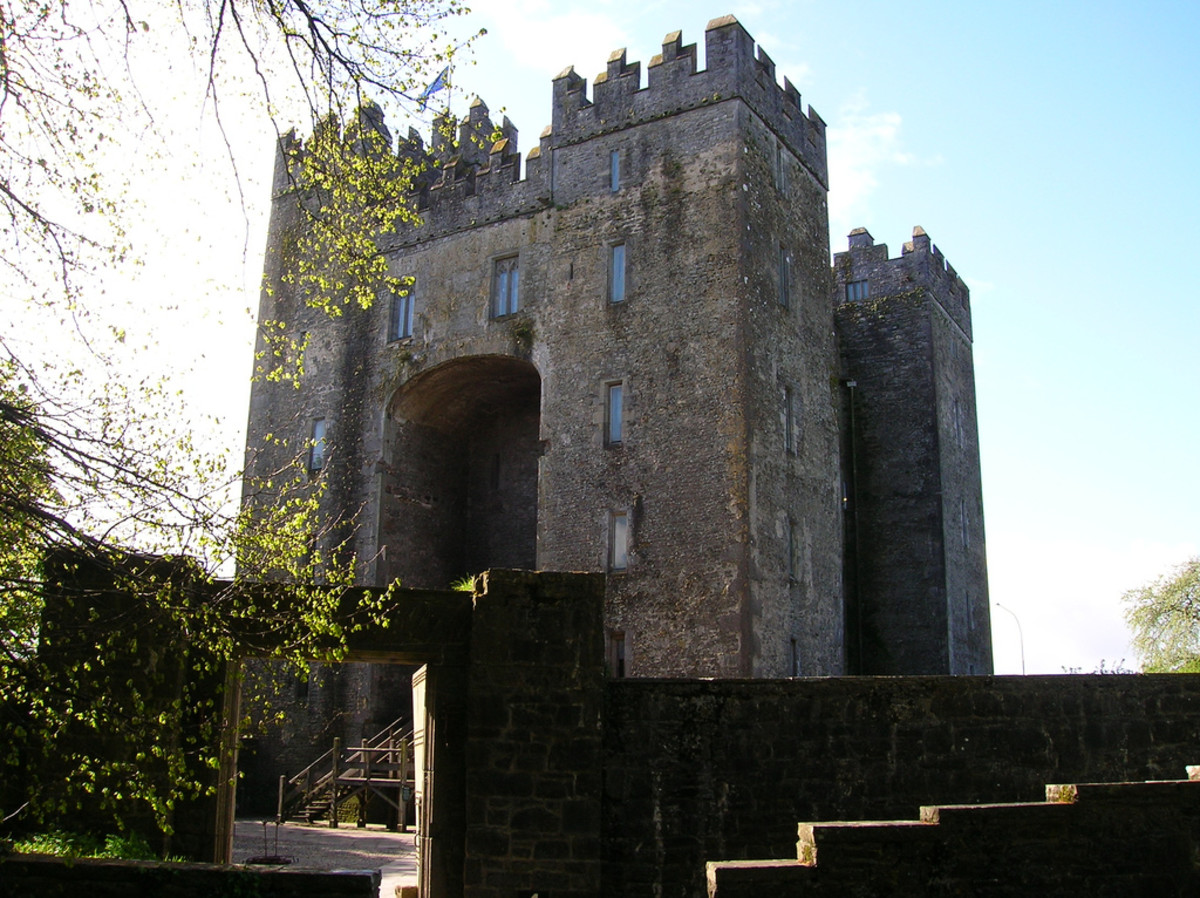 Bunratty Castle in the village of Bunratty, Co. Clare, Ireland