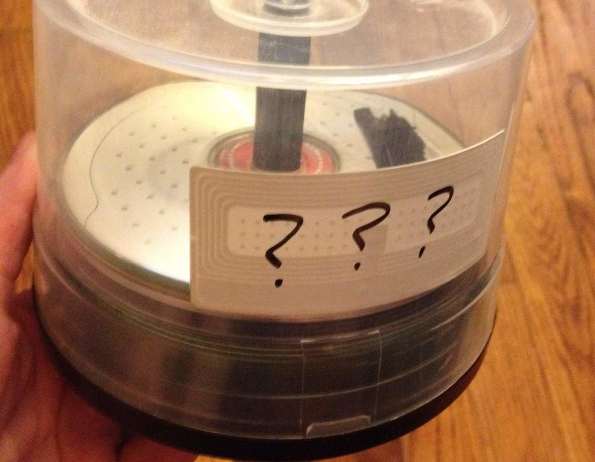 Write on your discs! Don't end up with a stack of unsolved mysteries like me!