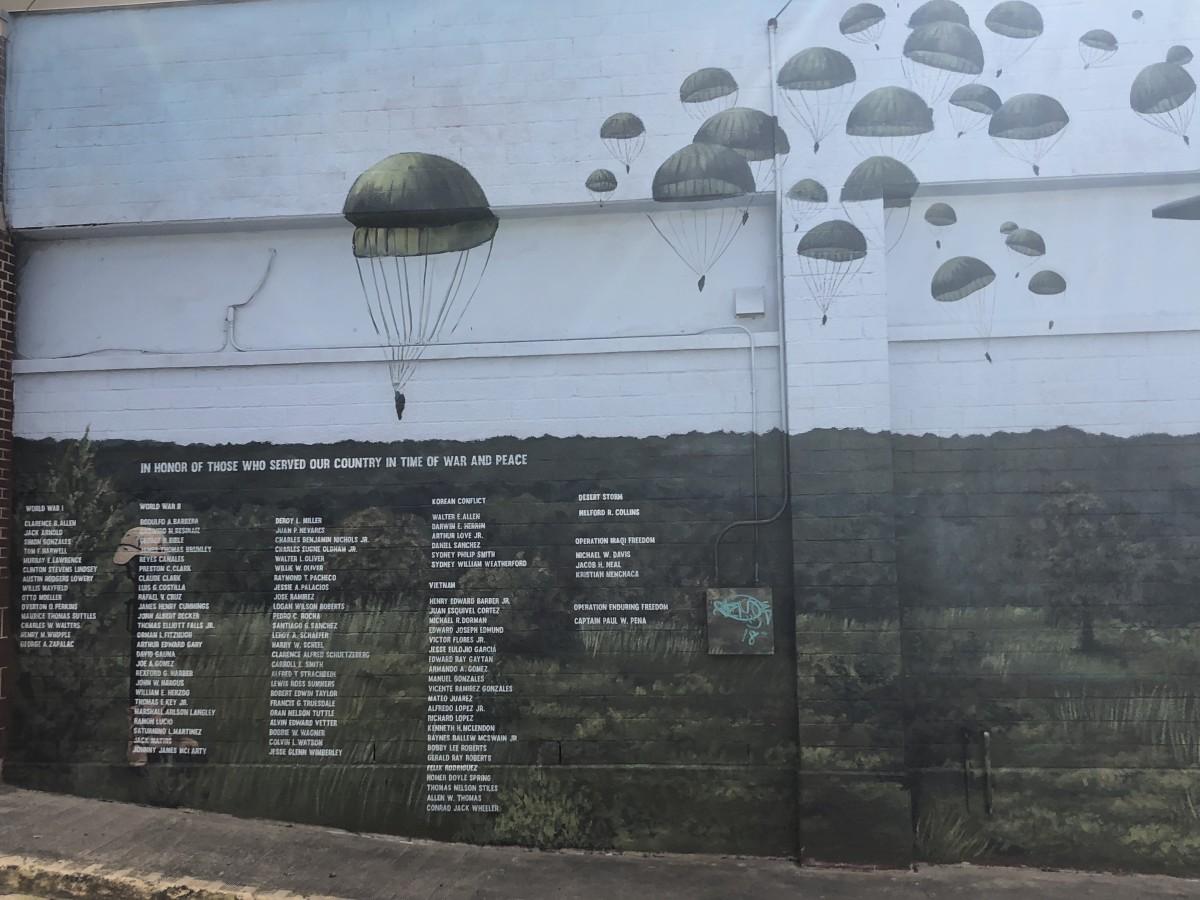 Patriotic Memorial Mural, Frame 1