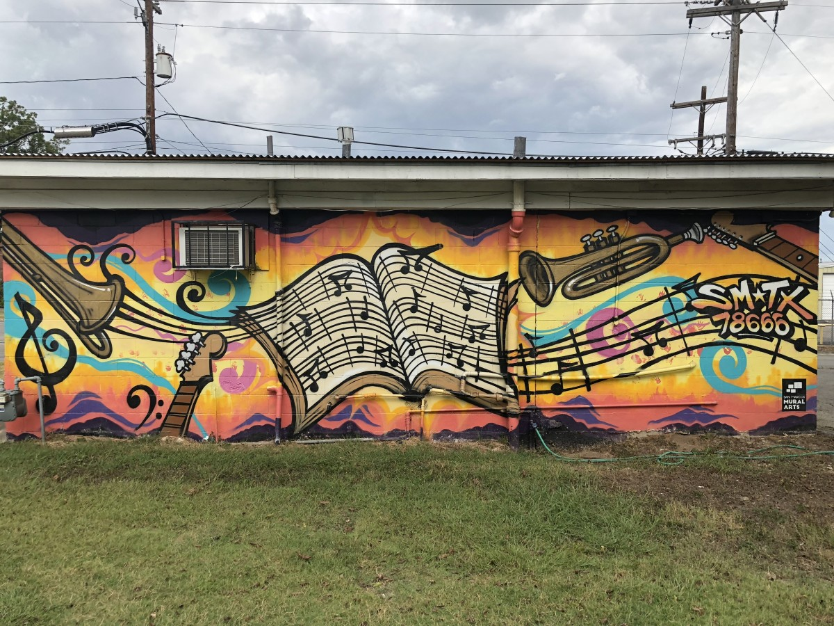 This mural celebrates the life of San Marcos native Eddie Durham, jazz musician and electric guitar pioneer.