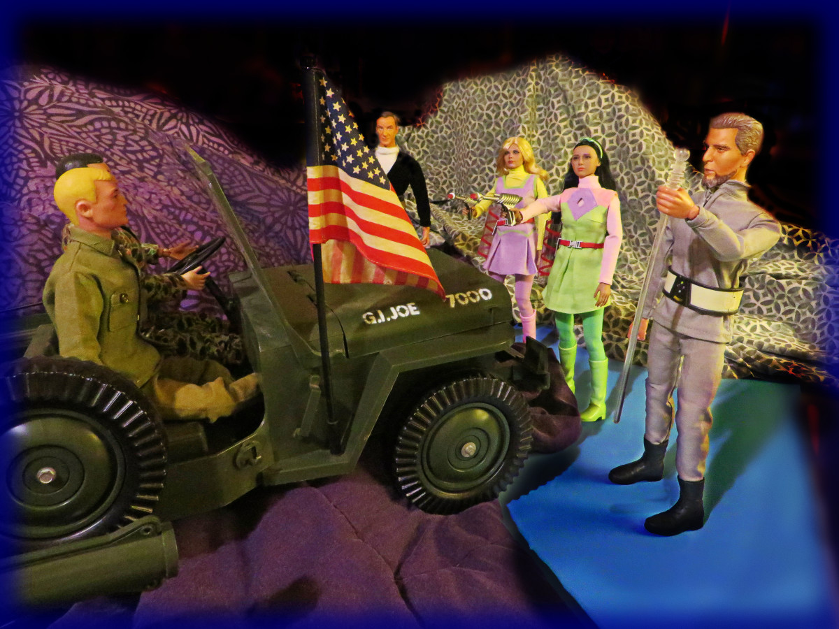 Just as I suspected, the Keeper, had Judy, Penny and Doctor Smith under his control. He must want to add these GI Joes to his collection on his massive spaceship zoo.