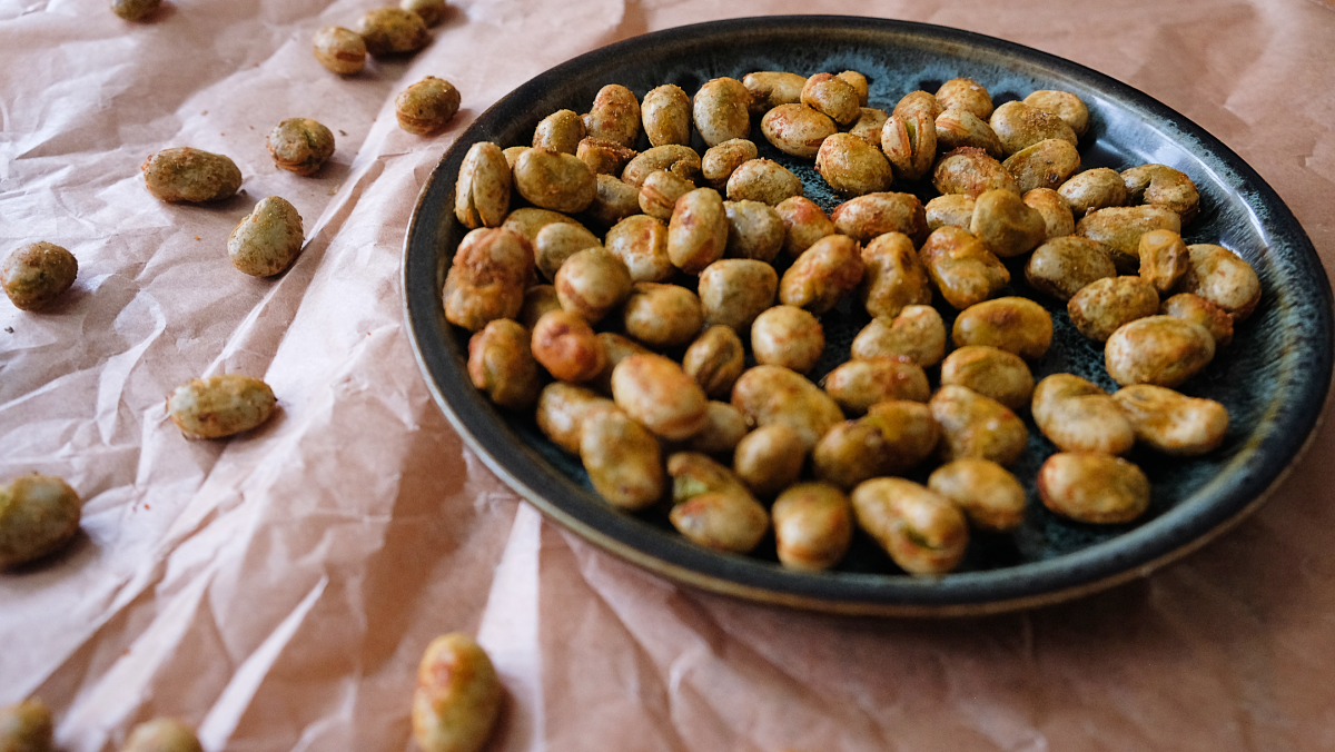 Roasted fava beans with peri peri seasoning