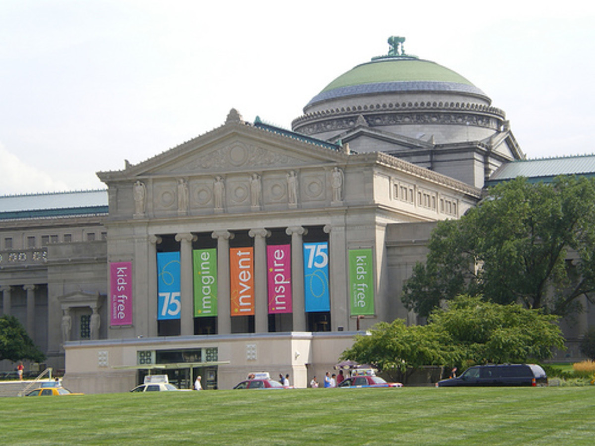 The Museum of Science & Industry offers a huge number of exhibits as well as its Omnimax theater where visitors can view amazing scientific movies in a five-story, domed, wrap-around theater.