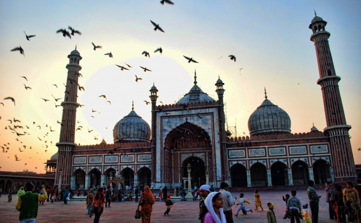 Top 10 Famous Places to Find Food in Chandni Chowk