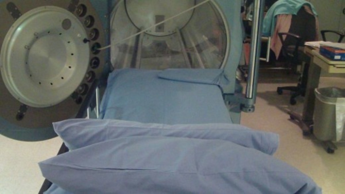 hypobaric-chamber-therapy-for-wound-care