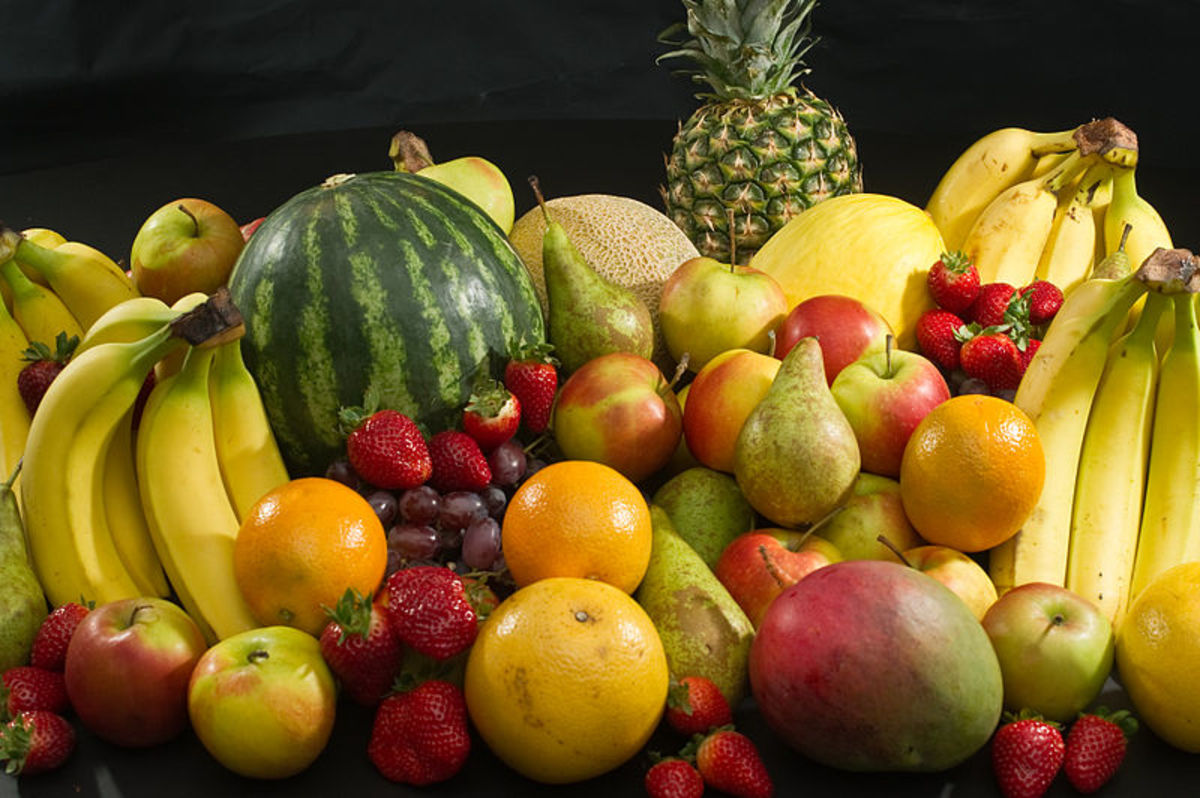 Bananas, apples, pears, strawberries, oranges, grapes, canary melons, water melon etc