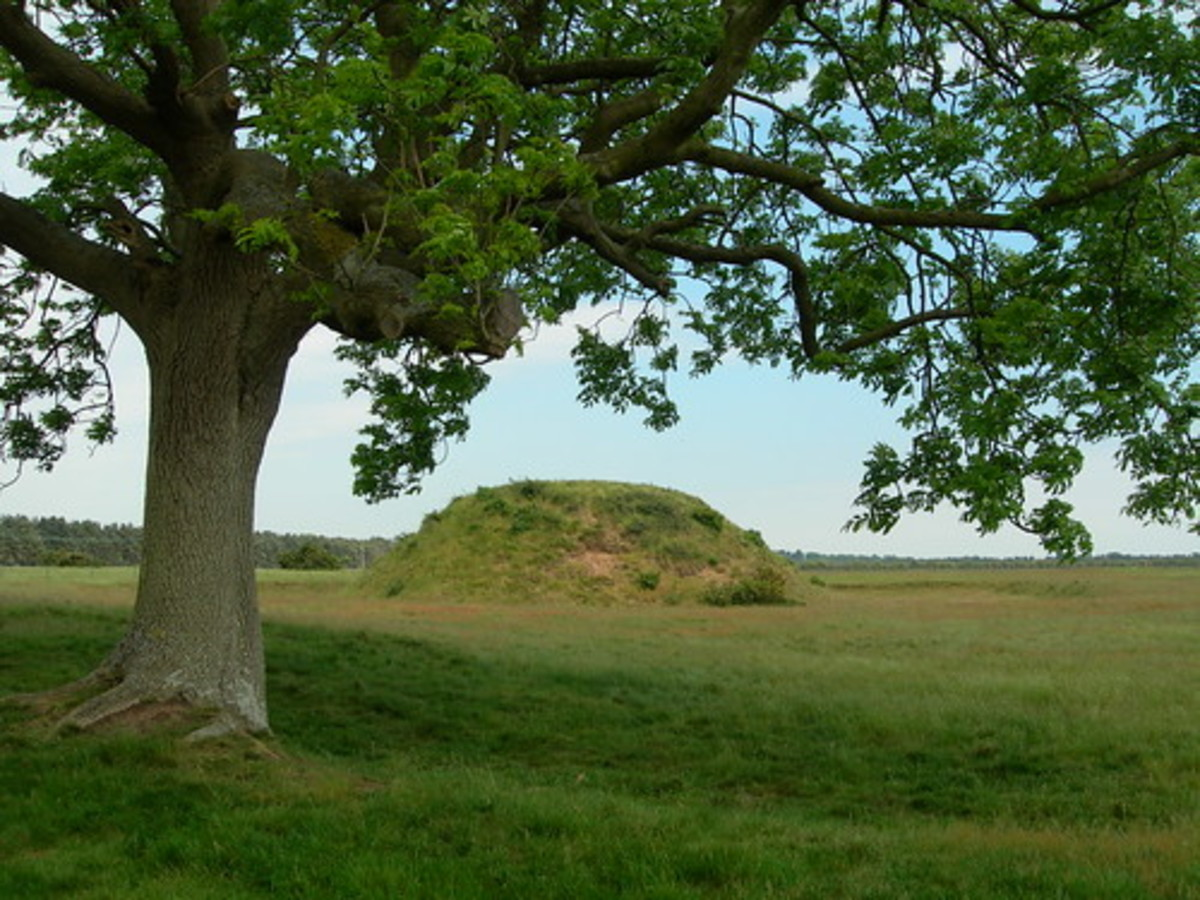 Sutton Hoo burial mound.