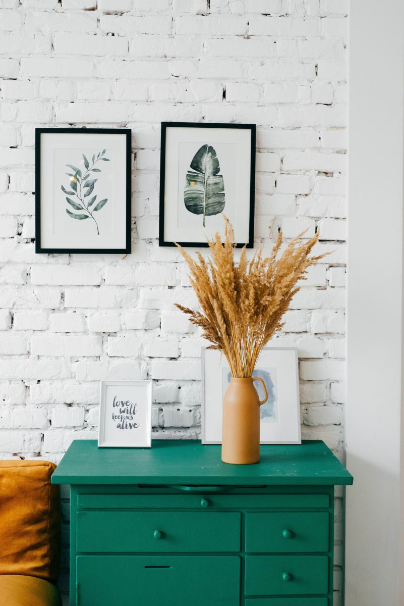 9-most-economical-ways-to-decorate-walls-without-levelling